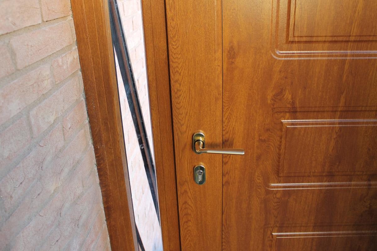 Infissi in legno e pvc vetreria baldinini for Infissi legno pvc